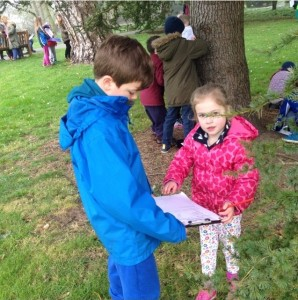 Step 5 3rd class sharing learning with Junior Infants on their Tree Trail D100